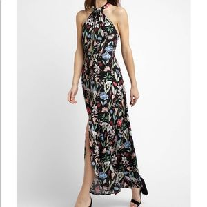 BRAND NEW WILLOW & CLAY HALTER FLORAL DRESS